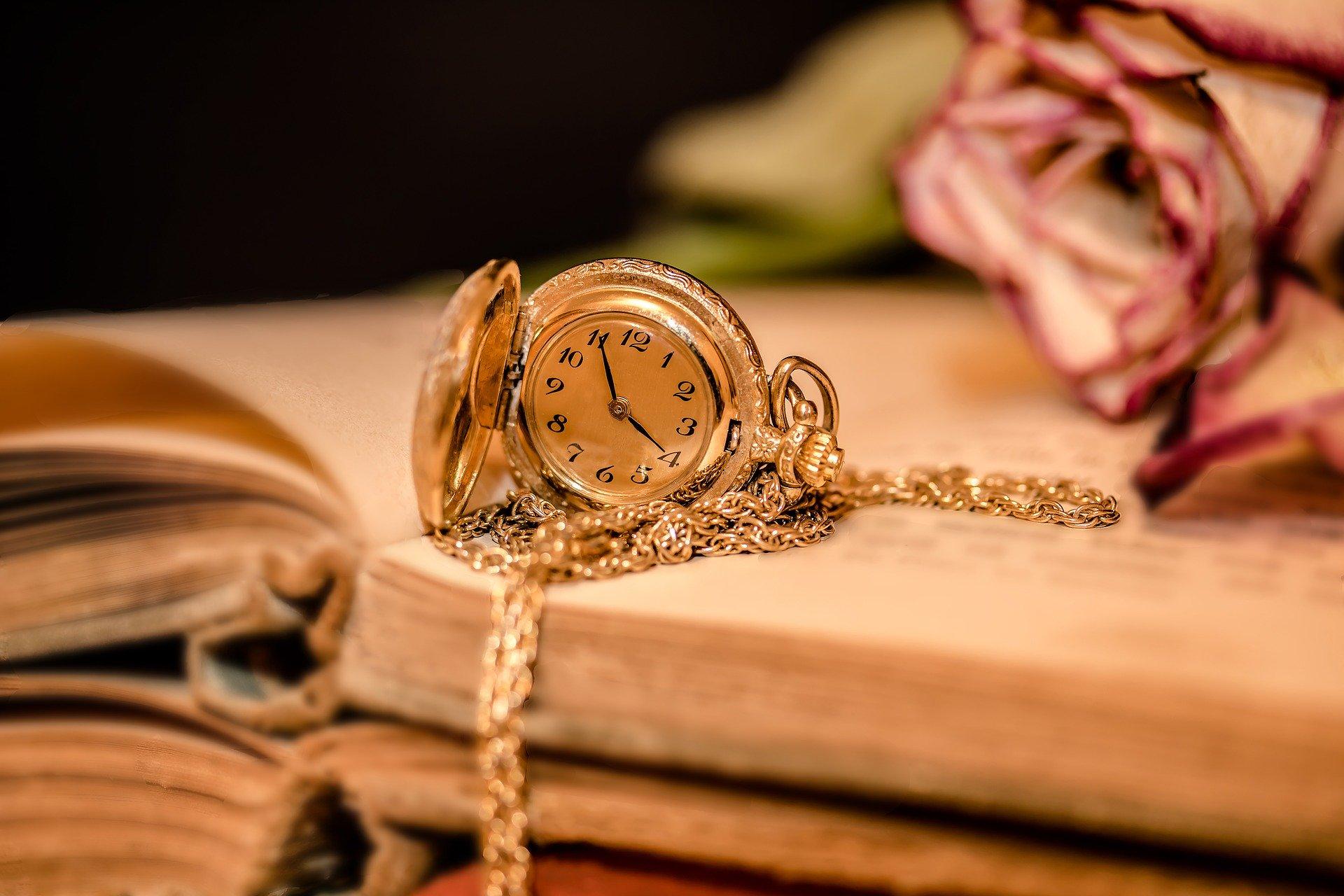 clock-2133825_1920